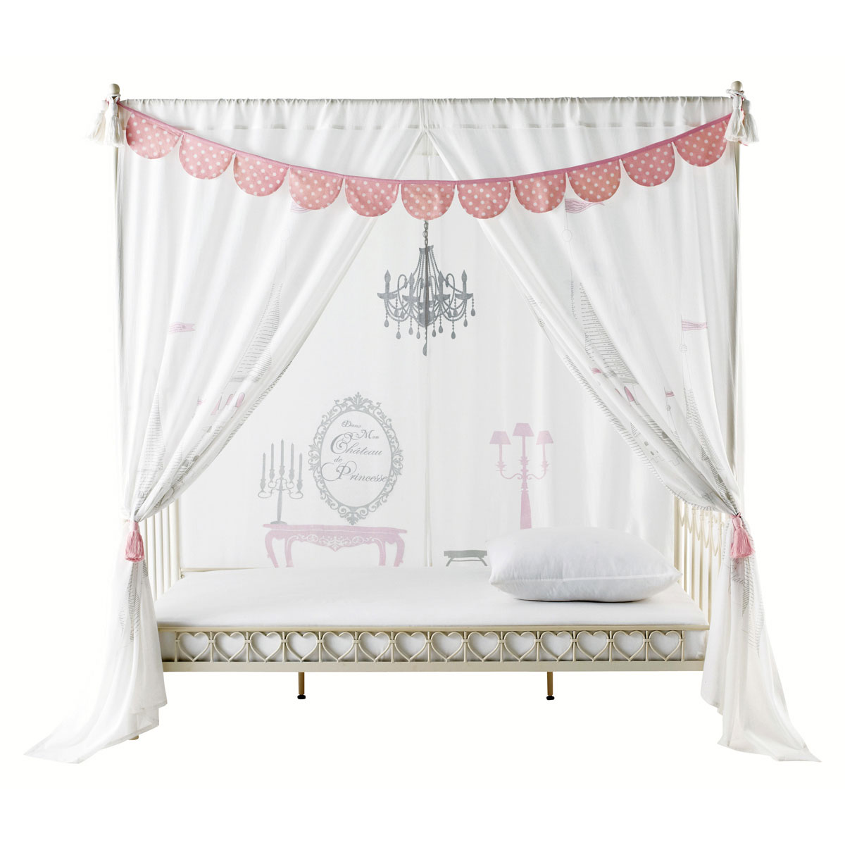 chambre de princesse comme cendrillon avant minuit. Black Bedroom Furniture Sets. Home Design Ideas