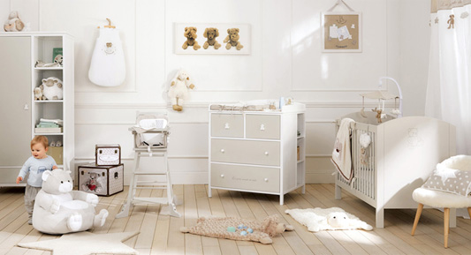 chambre cirque pour b b et enfant. Black Bedroom Furniture Sets. Home Design Ideas